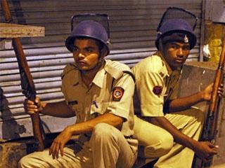 印度孟买发生恐怖攻击 至少80人死亡