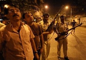 孟买连环恐怖袭击已造成逾百死亡