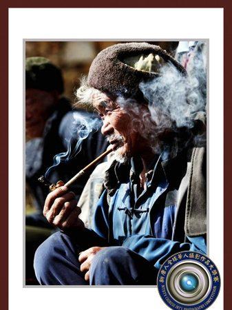 伊羅遜:華人攝影賽「人像金獎」評