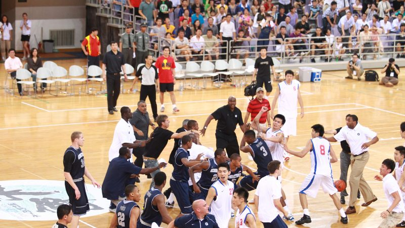 世界媒体看中国:篮球·友谊·拳脚·新闻