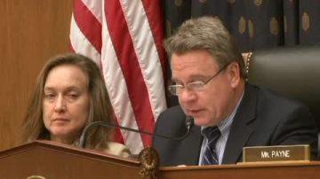美国会人权主席吁韩国勿遣返法轮功