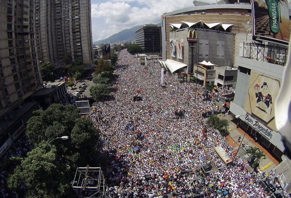 委內瑞拉對立雙方都準備示威