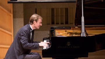 傾注生命與情感  加拿大選手鋼琴大賽奪金