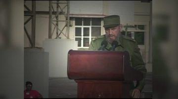 【十大国际之十】卡斯特罗去世 民众期待古巴民主