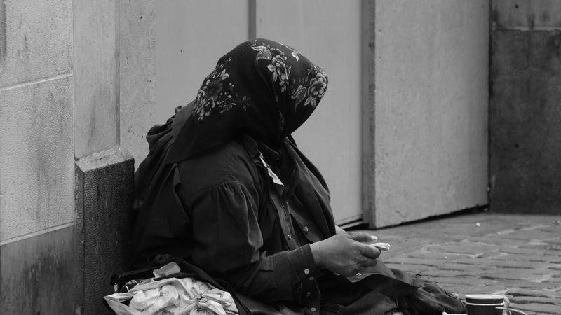 研究证实:穷人命短 没钱恐少活两年