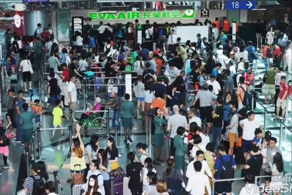 长荣500空服员请假 旅客挤满桃机 808旅客滞留日本