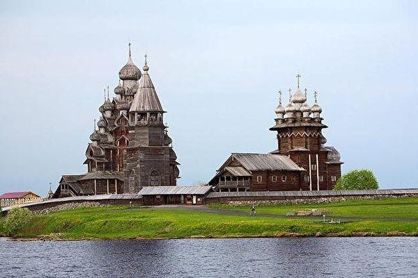 俄羅斯基日島 300年傳奇木製古教堂