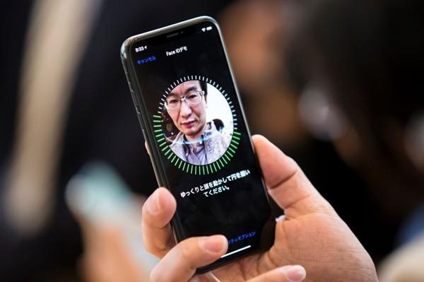 不满足iPhone X脸部辨识 苹果传攻3D手势追踪