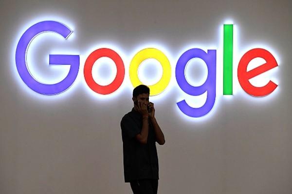 """谷歌""""重返中国"""" 在京设人工智能研究中心"""