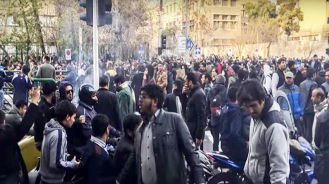 反政府示威扩大 伊朗封锁消息 美大使吁召开紧急会议