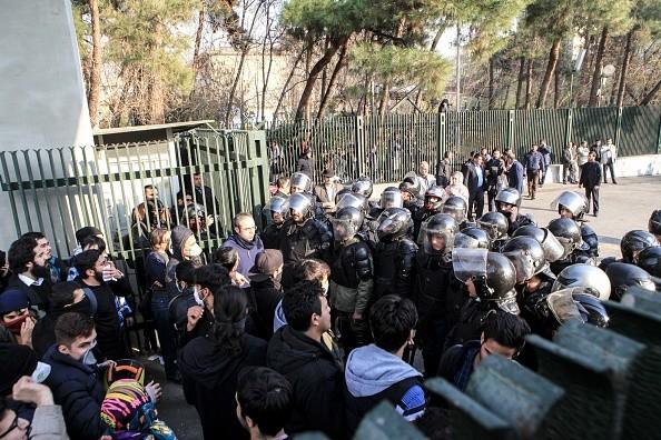 伊朗欲行军管 川普警告:镇压示威将被严厉制裁