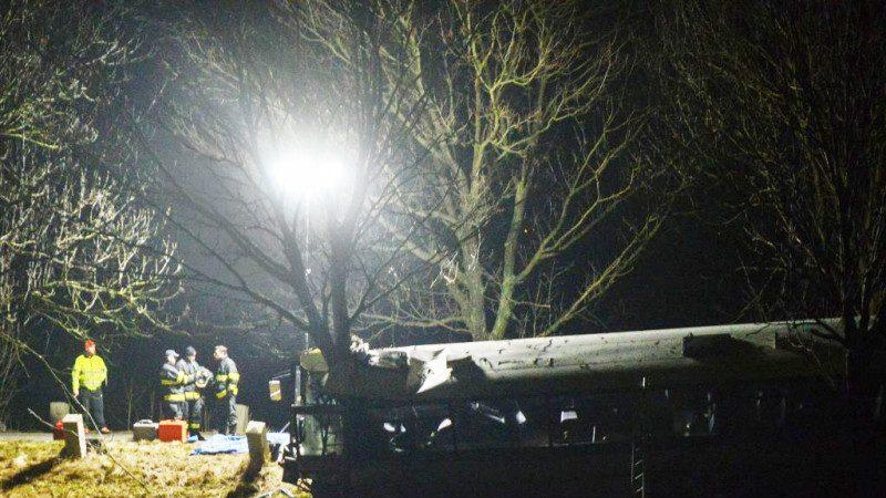 捷克布拉格郊區 大客車與汽車相撞至少3死45傷