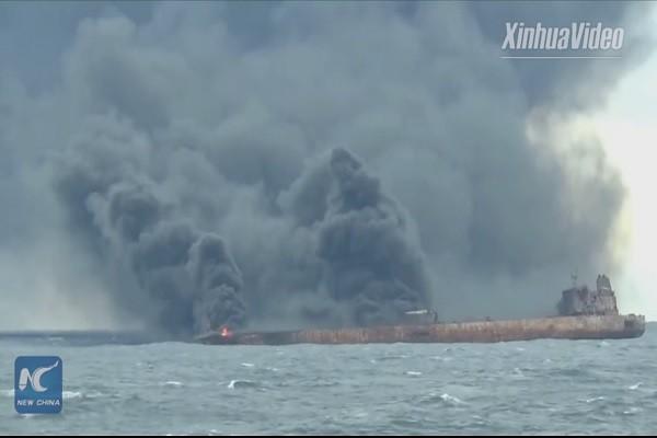 伊朗油輪長江口續燒 冒險取黑盒子已知3死 (視頻)