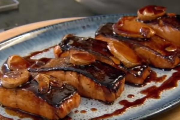 大厨上菜 极品美味照烧鲑鱼(视频)