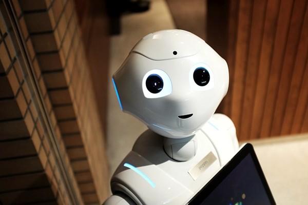 美股「閃崩」內幕被揭:機器人幹的!