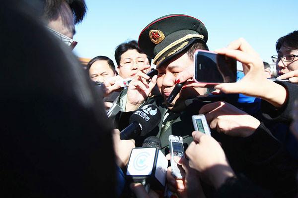 毛新宇扇子學會再遭處罰 為北京新條例祭刀