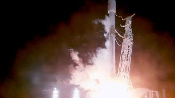 """【禁闻】SpaceX发卫星 中国网民遥望""""星链"""""""
