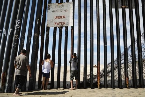 國民兵駐守美墨邊境 美兩州將派400人執勤