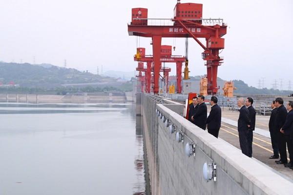 专家断言三峡大坝要炸掉 习近平现场考察话中有话
