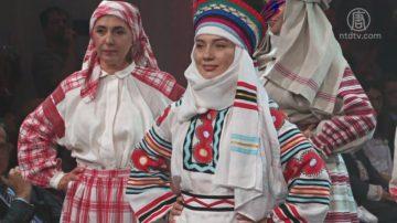 庆乌克兰刺绣节 基辅举办民族时装秀