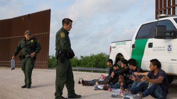 川普打擊非法移民政策 獲司法部長力挺