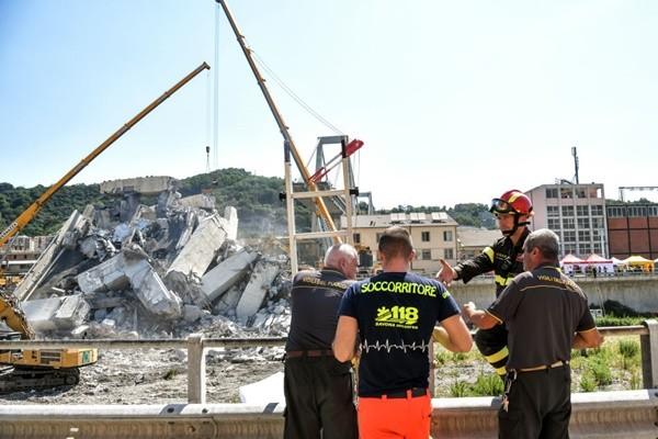 意大利天橋坍塌38死 專家:至少300座橋有崩塌風險