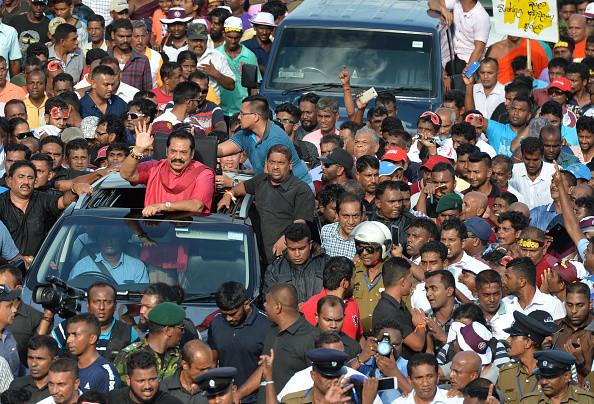 抗议中共一带一路 斯里兰卡原总统率数万人游行