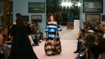 纽约时装周:满身春意的Carolina Herrera