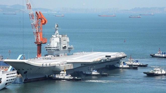 大陆首艘航母现原形  获评全球倒数第一