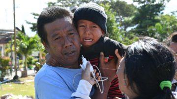 印尼天災死亡增至1944人 5歲童失蹤一週奇蹟生還