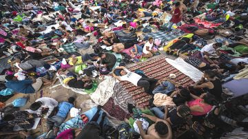 大篷車難民繼續北上 部分兒童出現病症