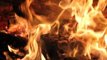 災難中的神奇 大火之後「耶穌畫像」完好無損(視頻)