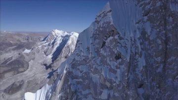 奧地利小夥三次嘗試 終攀上7000米高峰