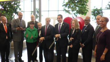 纽约拉瓜迪亚机场新登机大厅 12月1日正式启用