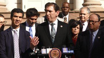 匹兹堡枪击案后 纽约市为犹太社群发声