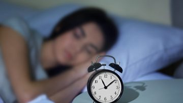 夜夜失眠睡不著 快來學美軍「2分鐘熟睡法」