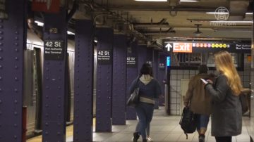 MTA公布数据 乘客逃票严重 将加强执法