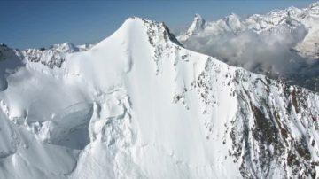 頂尖高手對決 瑞士陡坡滑雪驚險30秒
