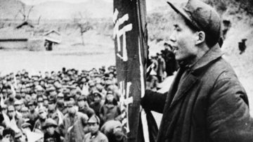 """喊出""""打倒毛泽东"""" 10万中共军人被杀"""