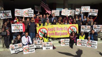反大麻徵簽達6000 請願書遞市府