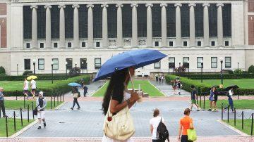 美国际留学生入学人数下降 纽约大学加强招生