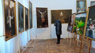 真善忍國際美展 烏克蘭基輔開幕