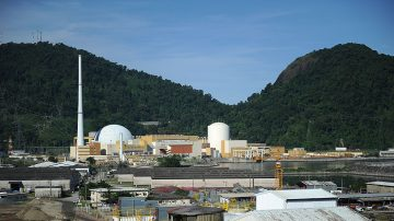 巴西核燃料运补队遇伏击 警与黑帮激烈驳火