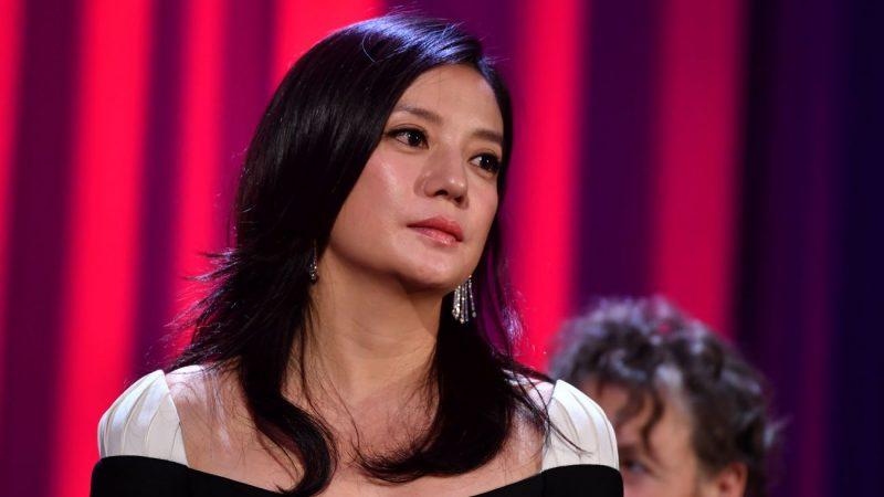 趙薇被中共兩會點名 犀利姐揭娛樂圈割韭菜