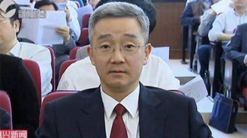 胡海峰两会拒答升官传闻 3字回应胡锦涛健康问题